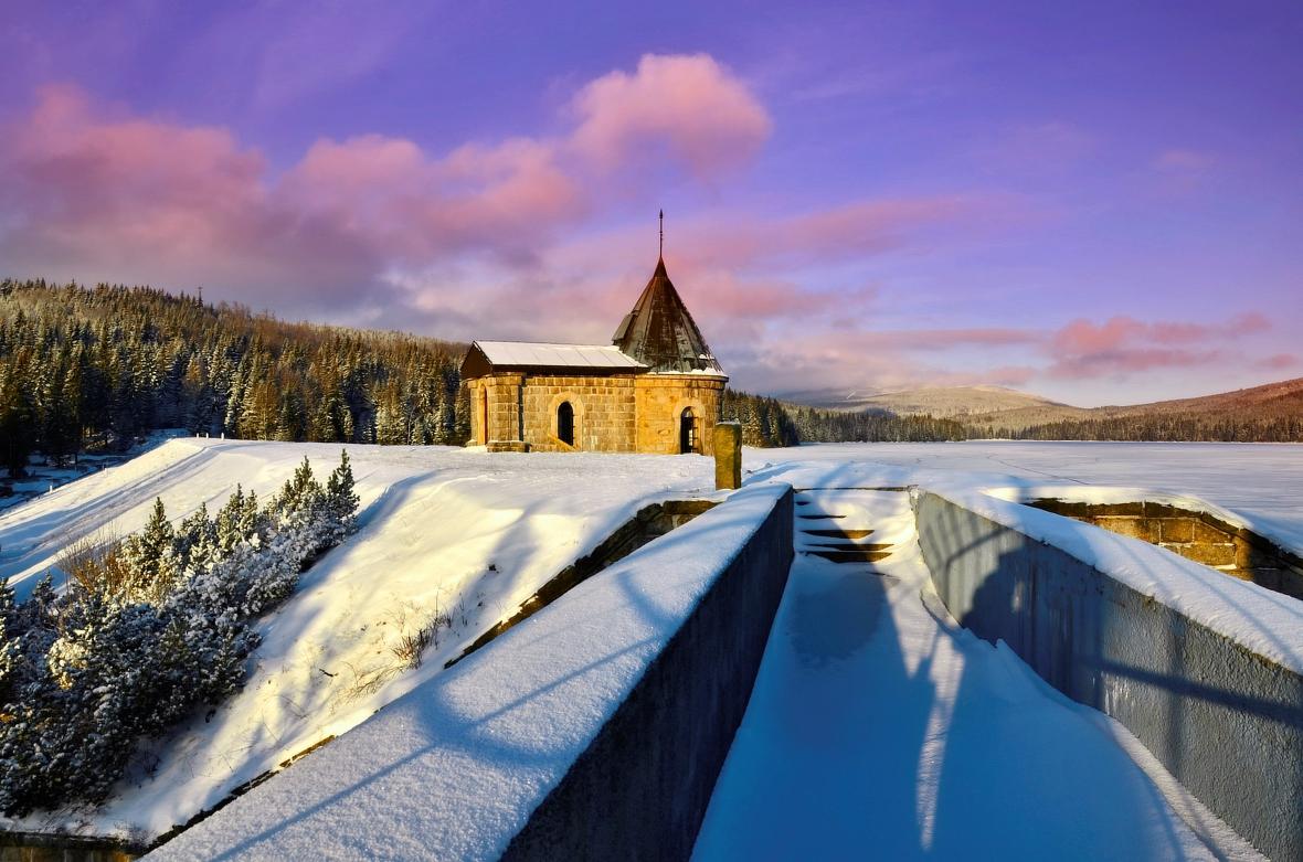Výsledek obrázku pro jizerské hory zima